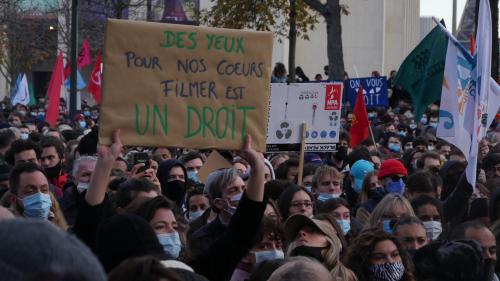 Samedi dernier, sur le Trocadéro. Photo : SNJ/Brice IVANOVIC